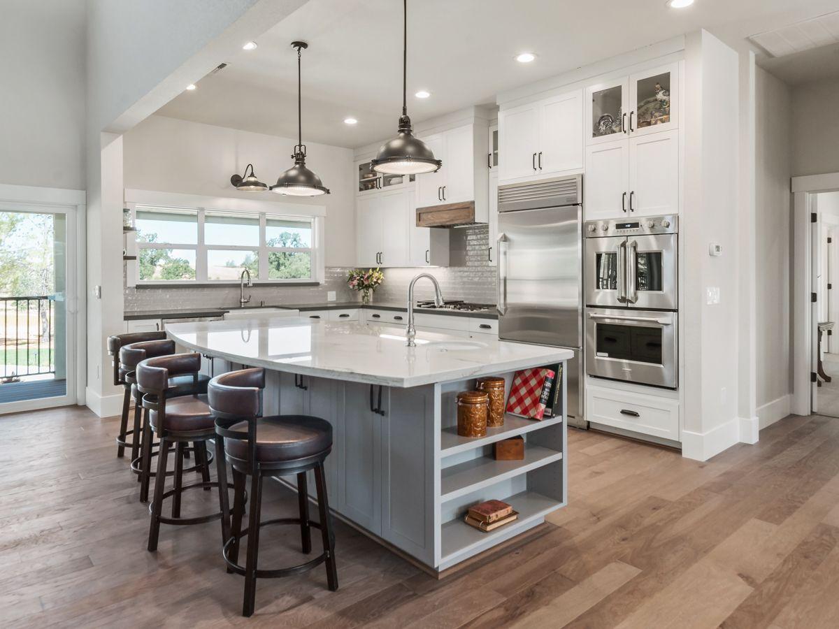 Carbondale Custom Home - Kitchen